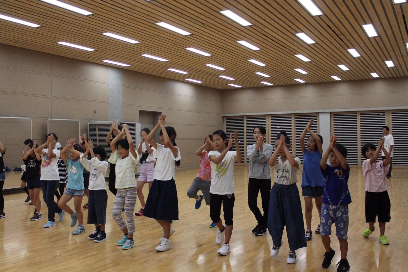 に じゅう ダンス